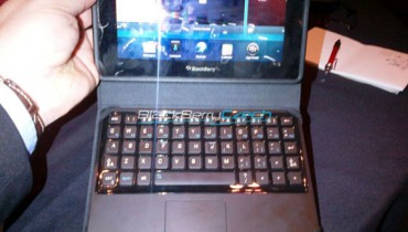 blackberry-playbook-tastatur-case