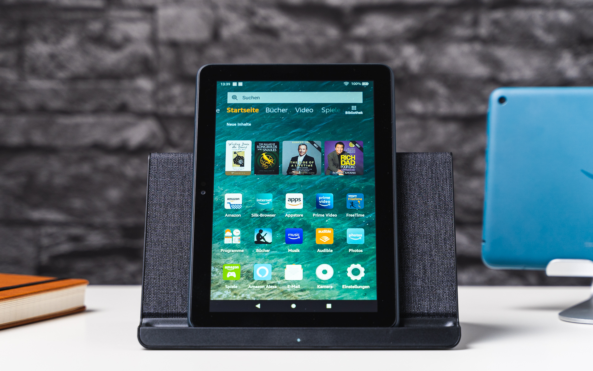 Amazon Fire HD 8 Plus mit Ladedock
